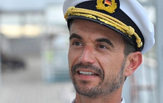 Wie gaat er mee aan boord van Das Traumschiff?